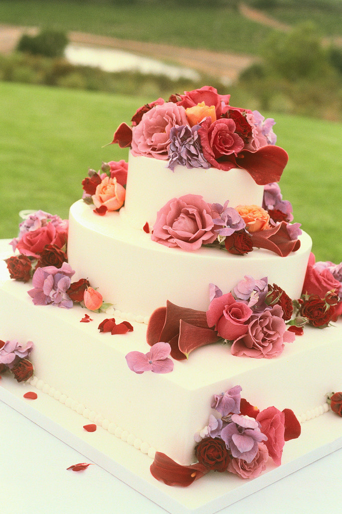 unique wedding cake flavors that go beyond the traditional